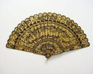 Cantonese lacquer brise fan, coll. David Ranftl